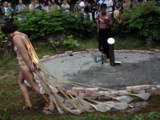 VestAndPage - DYAD VI - Konteksty Festiwal Sztuki Efemerycznej 2015 / Sokołowsko / fot. Jerzy Grzegorski / Marcin Polak