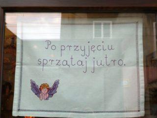Betina Bereś - Makatki Uliczne - Konteksty Festiwal Sztuki Efemerycznej 2015 / Sokołowsko / fot. Jerzy Grzegorski / Marcin Polak