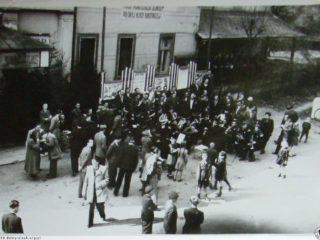 Pierwszy Maja, 1950 r. W Sokołowsku / First of May, 1950, in Sokolowsko