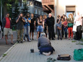 Koji Kamoji, Kamień i ja / Stone and Myself, Konteksty 2014 / Contexts 2014, Sokołowsko, fot. Marcin Polak/Jerzy Grzegorski